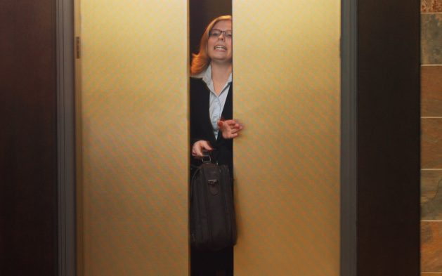 Top 3 Signs It's Time To Replace Your Elevator
